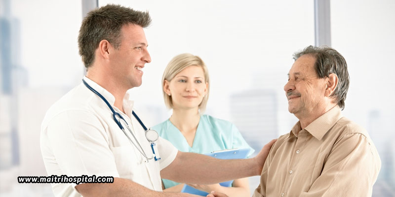 How-Can-Healthcare-Professionals-Keep-Patients-At-Ease